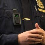"""Στη Νέα Υόρκη, από το 2019, οι αστυνομικοί θα """"φορούν"""" υποχρεωτικά κάμερα"""